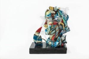 0032-laura-alunni-Io non ho paura-Scultura- Assemblage-Ceramica, plexiglass, legno, materie plastiche-17,5x30x38